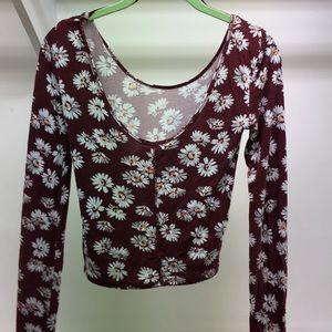 Long Sleeve Floral Crop Top 🌺🌺